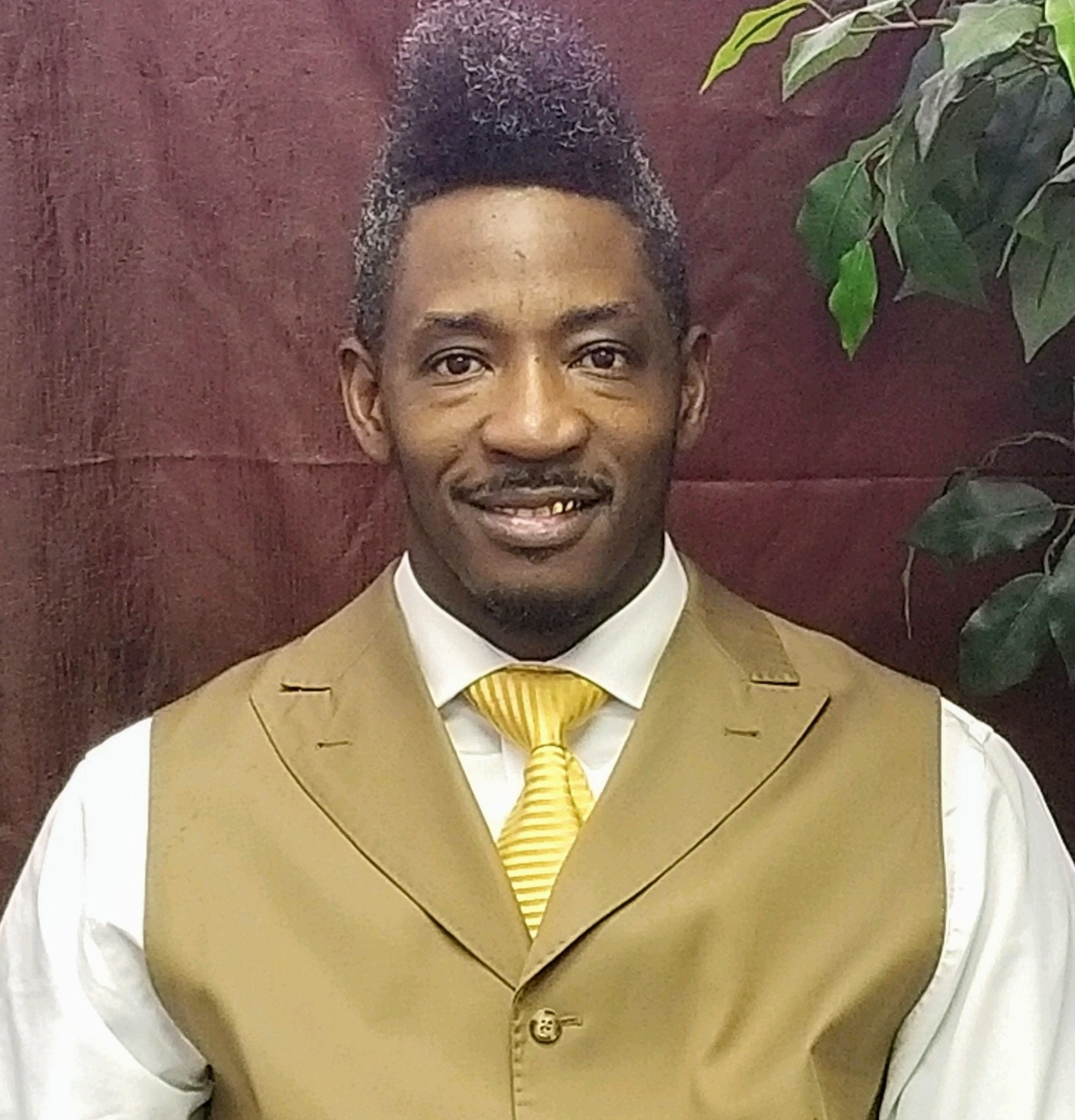 Assistant Pastor - Antonio Alexander.jpg