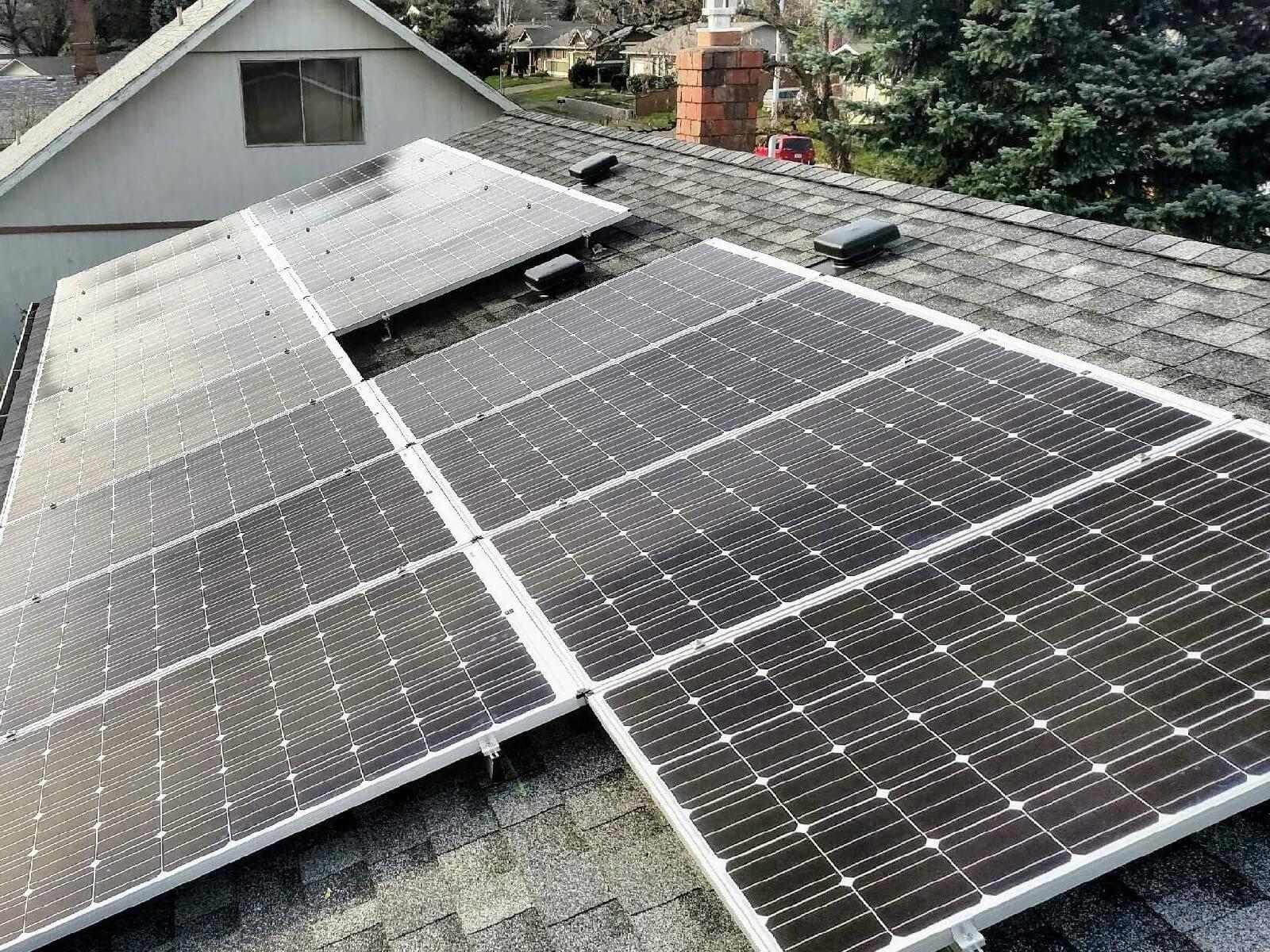 solar roof panels beaverton oregon.jpeg