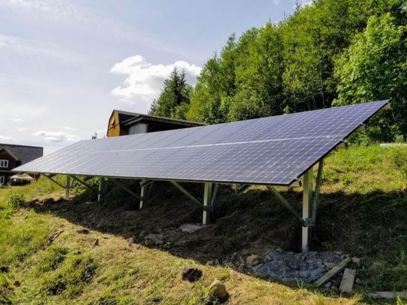 off grid solar ground mount.jpeg