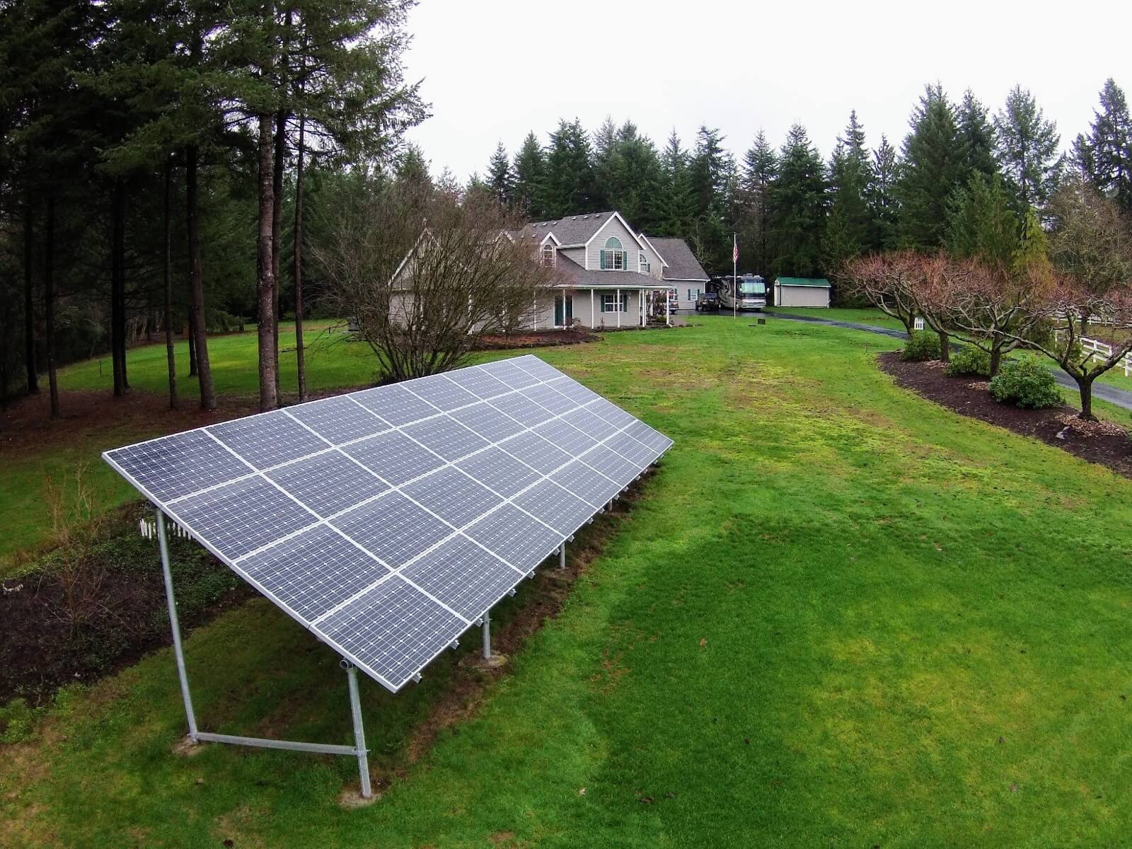 solar panel ground mount in Vancouver, Washington.jpeg