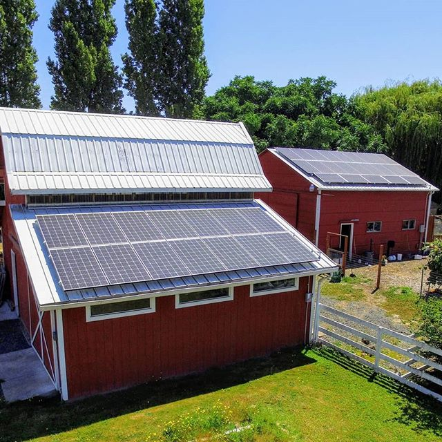 The cost of solar has come down by more than 50 percent in the last few years, making solar a better investment than ever before. Add solar to your home or business this year and start saving money (and 🌎) . .  #backyardsolar #barn #garden #solarenergy #cleanenergy #salem #oregon #gogreen #csa #homeprojects #homeimprovement #solar #barn #redbarn #farmhouse #farm