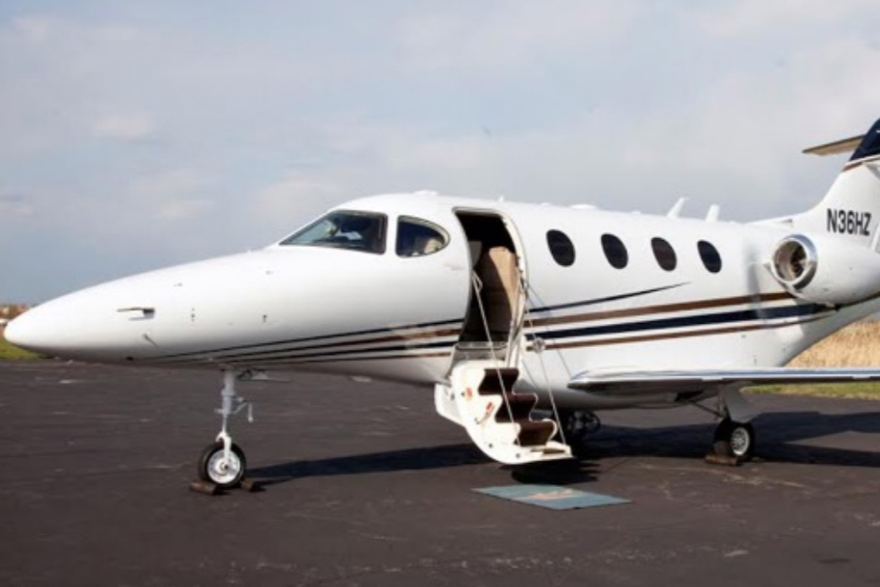 Raytheon Premier 1A  Twin engine light jet  Pressurised  6 seats including pilot  $ 1.8m (Indicative AUD preowned)