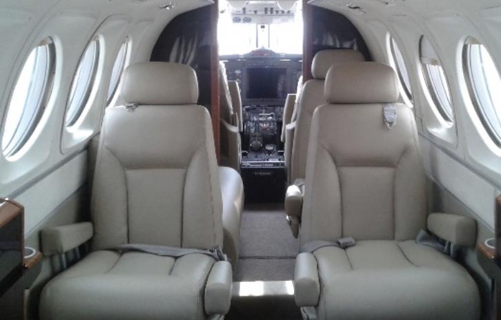 Beechcraft King Air B200 Interior