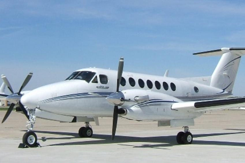 Beechcraft King Air B350  Twin engine turbo-prop  Pressurised  10 seats including pilot  $ 3.9m (Indicative USD preowned)