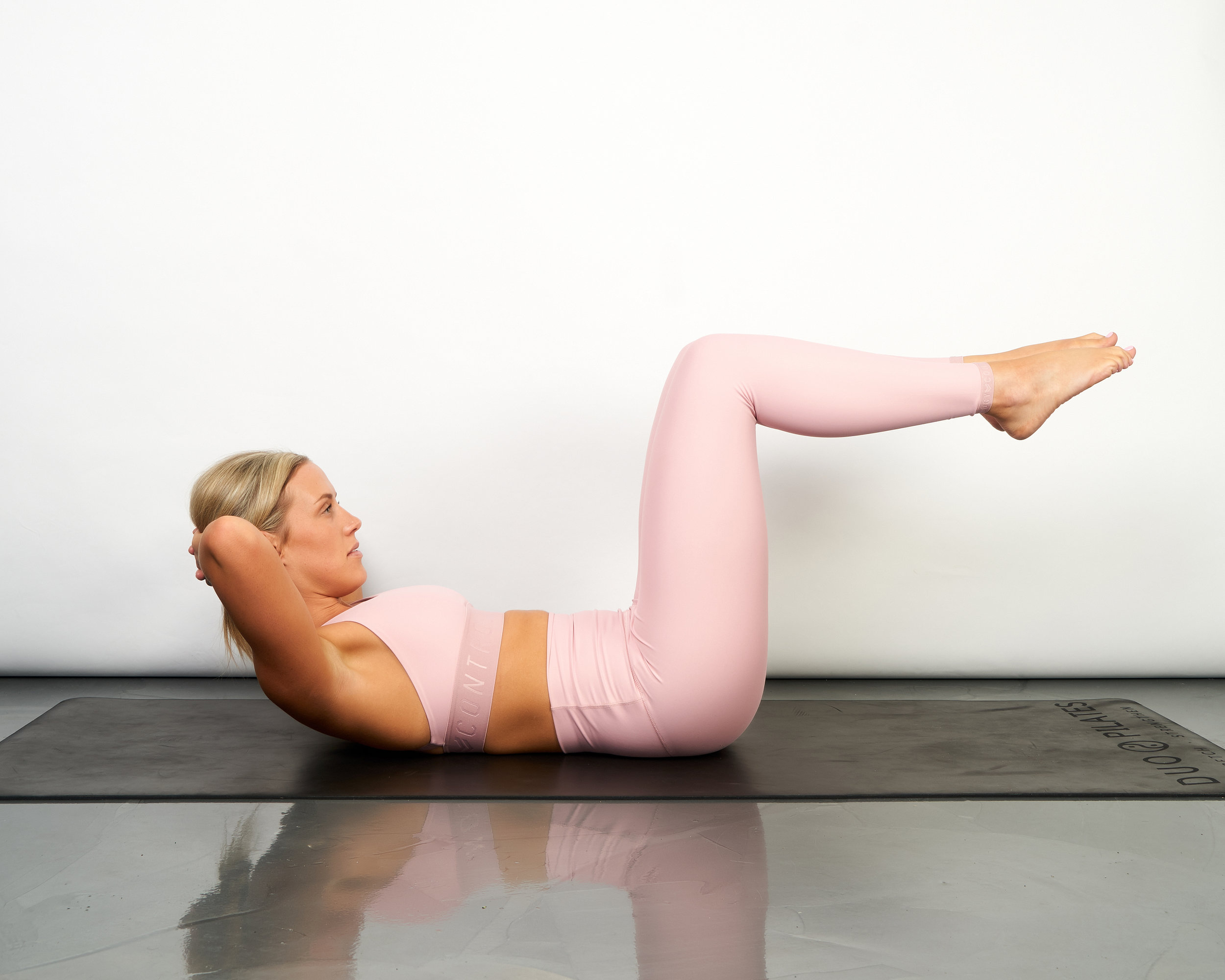 Ab curl with legs in tabletop.jpg