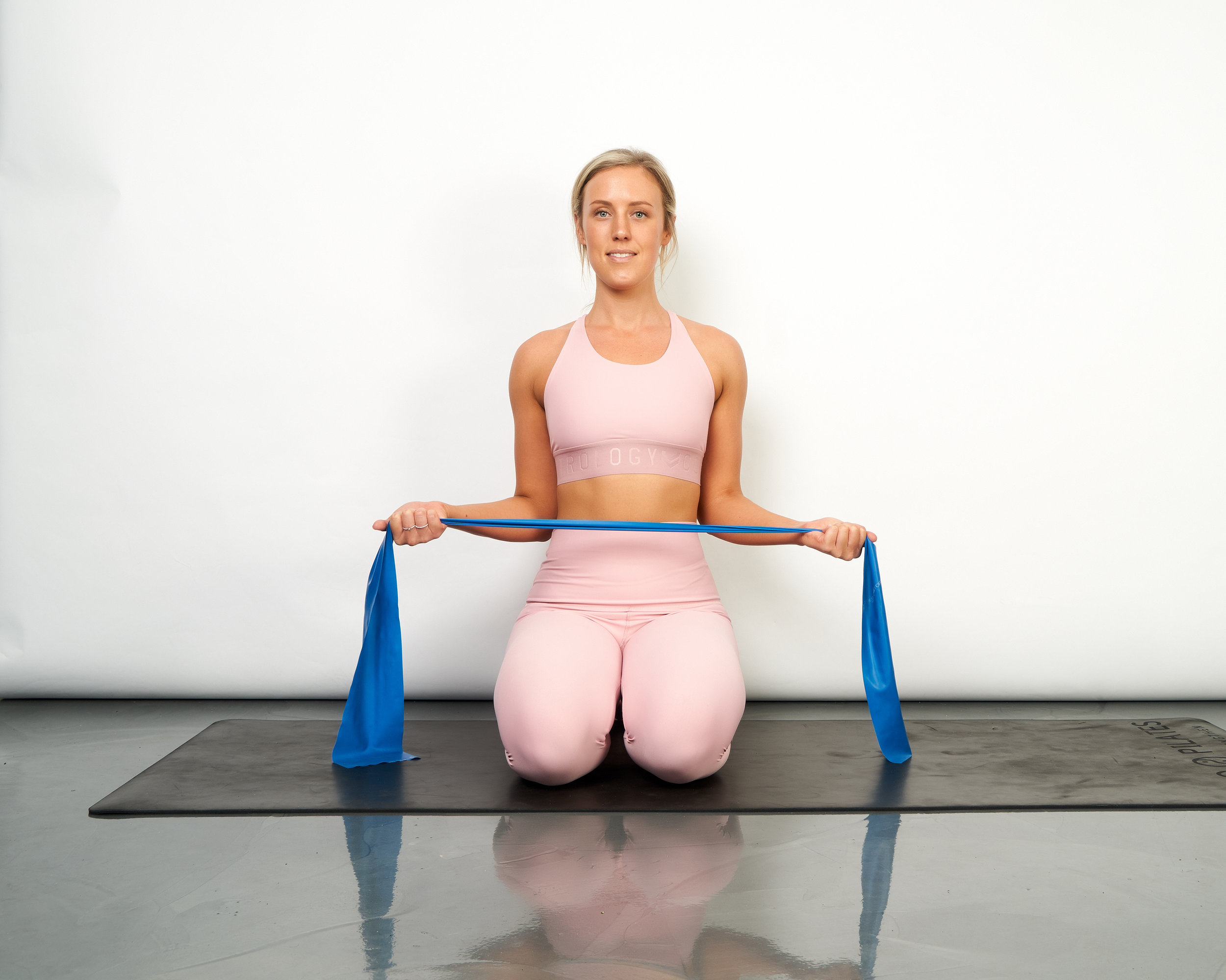 external rotation with band 2.jpg