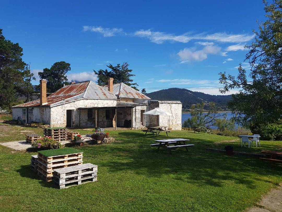 Saturday Afternoon Half Day $149.00pp - Derwent Valley - New Norfolk - Hobart1pm - 6pmHobart Hotel Pickup & Drop off included4 stops - 10+ wines - beers