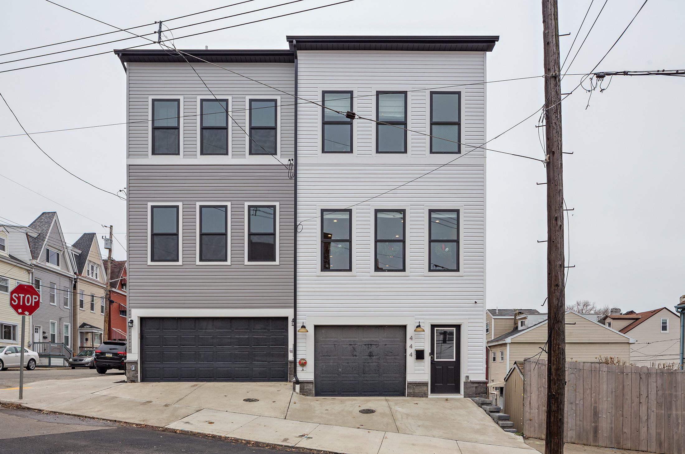 A Perfect Pair - 4 Story Townhomes - Over 2,500 sqft. 3+ bedrooms, 3+ bathrooms, 1-2 car garages