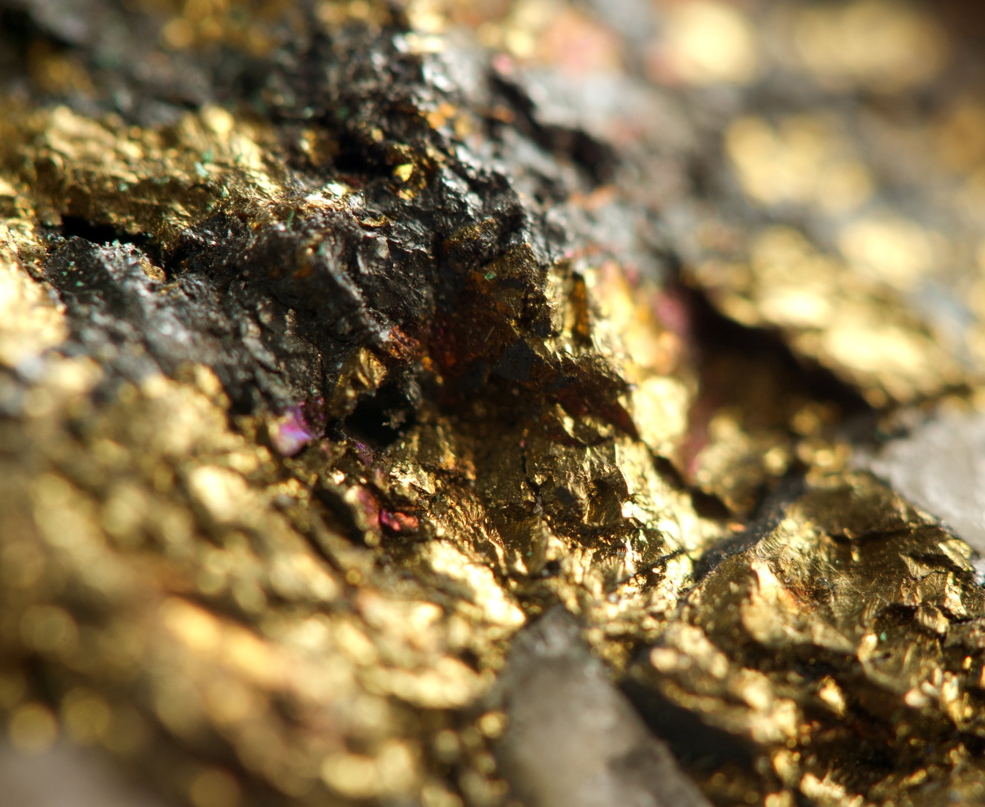 Gold-ore.jpg