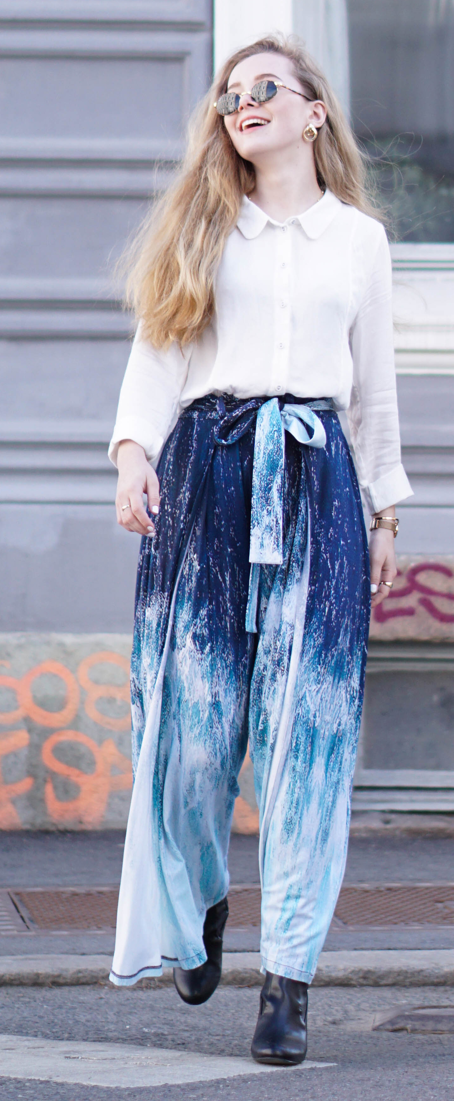 3 ways to style France pants