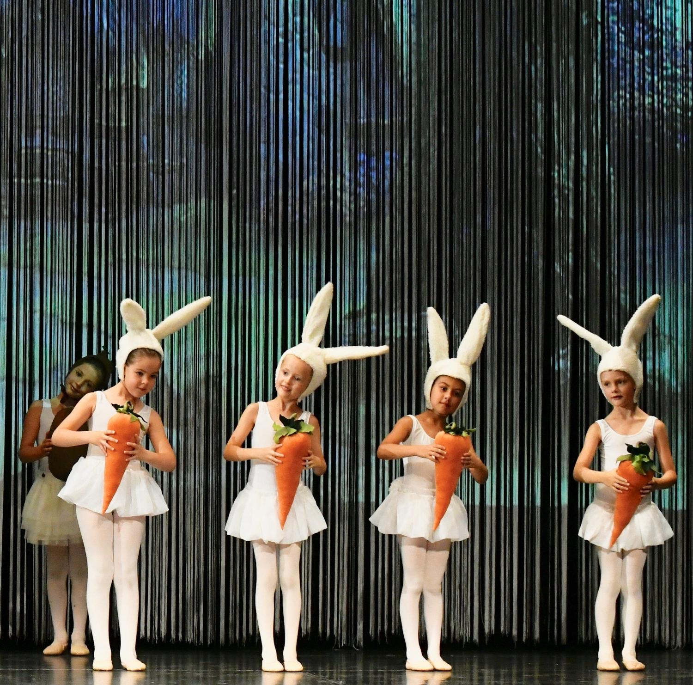 ballettschule-mimi-schmaeh-schneewittchen-180722-140406.jpg
