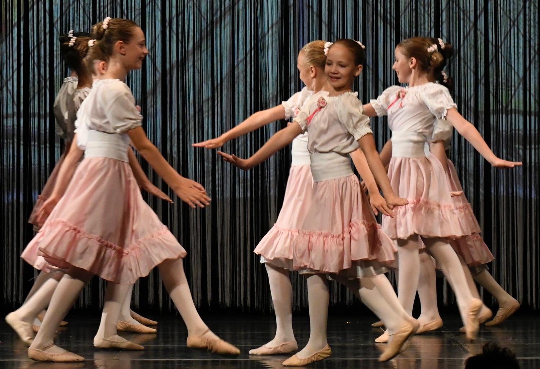 ballettschule-mimi-schmaeh-schneewittchen-180722-182939.jpg