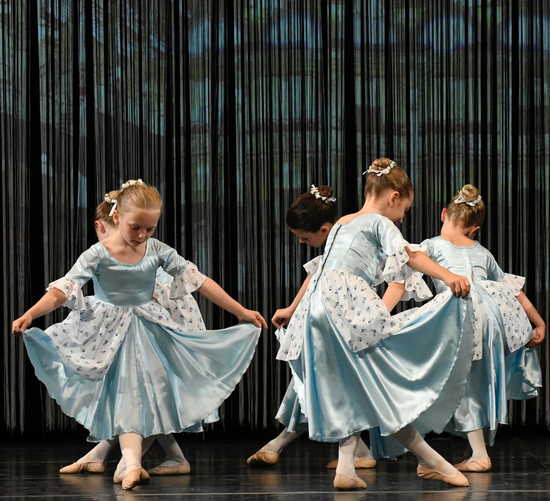 ballettschule-mimi-schmaeh-schneewittchen-180722-184351.jpg