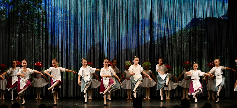 ballettschule-mimi-schmaeh-schneewittchen-180722-195317.jpg