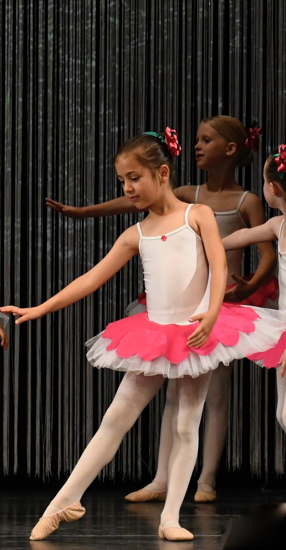 ballettschule-mimi-schmaeh-schneewittchen-180722-200929.jpg