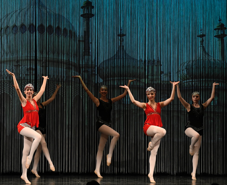 ballettschule-mimi-schmaeh-schneewittchen-180723-154415.jpg