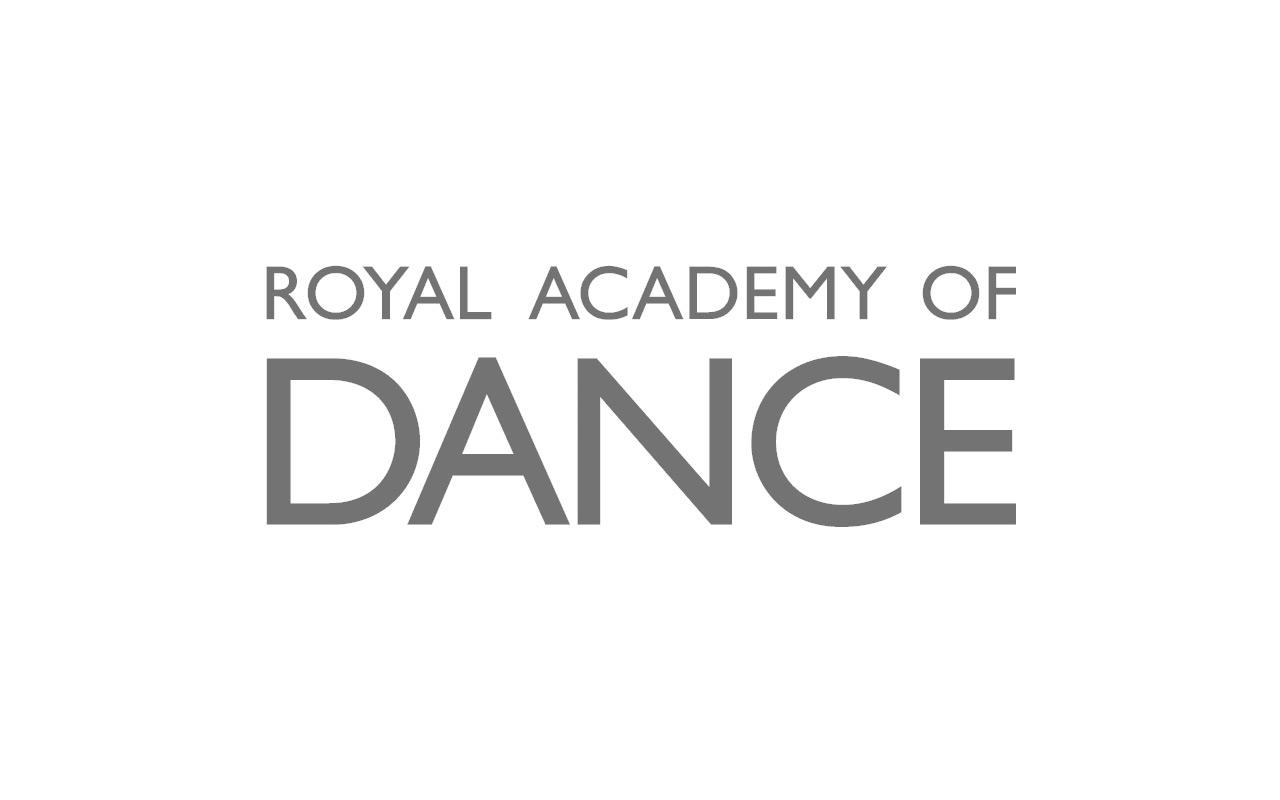 balletschule-schmaeh-mitgliedschaft-royal-dance.jpg