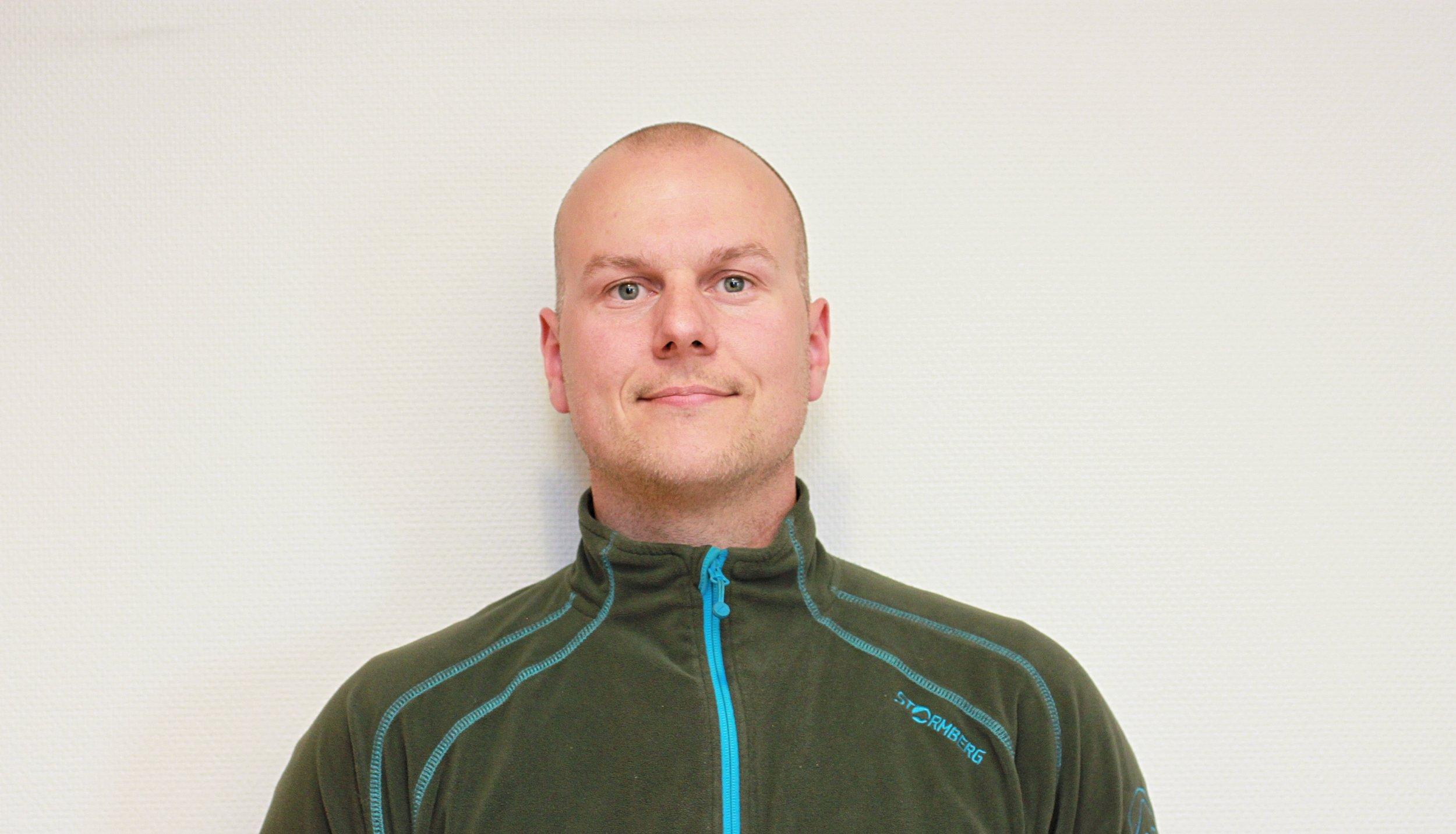 Simon Andreassen   Anleggsleder   simon@alstadmaskin.no    91 12 10 02