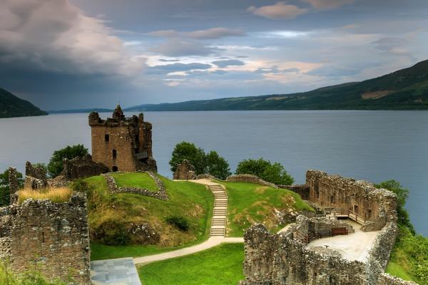 loch ness castle.jpg