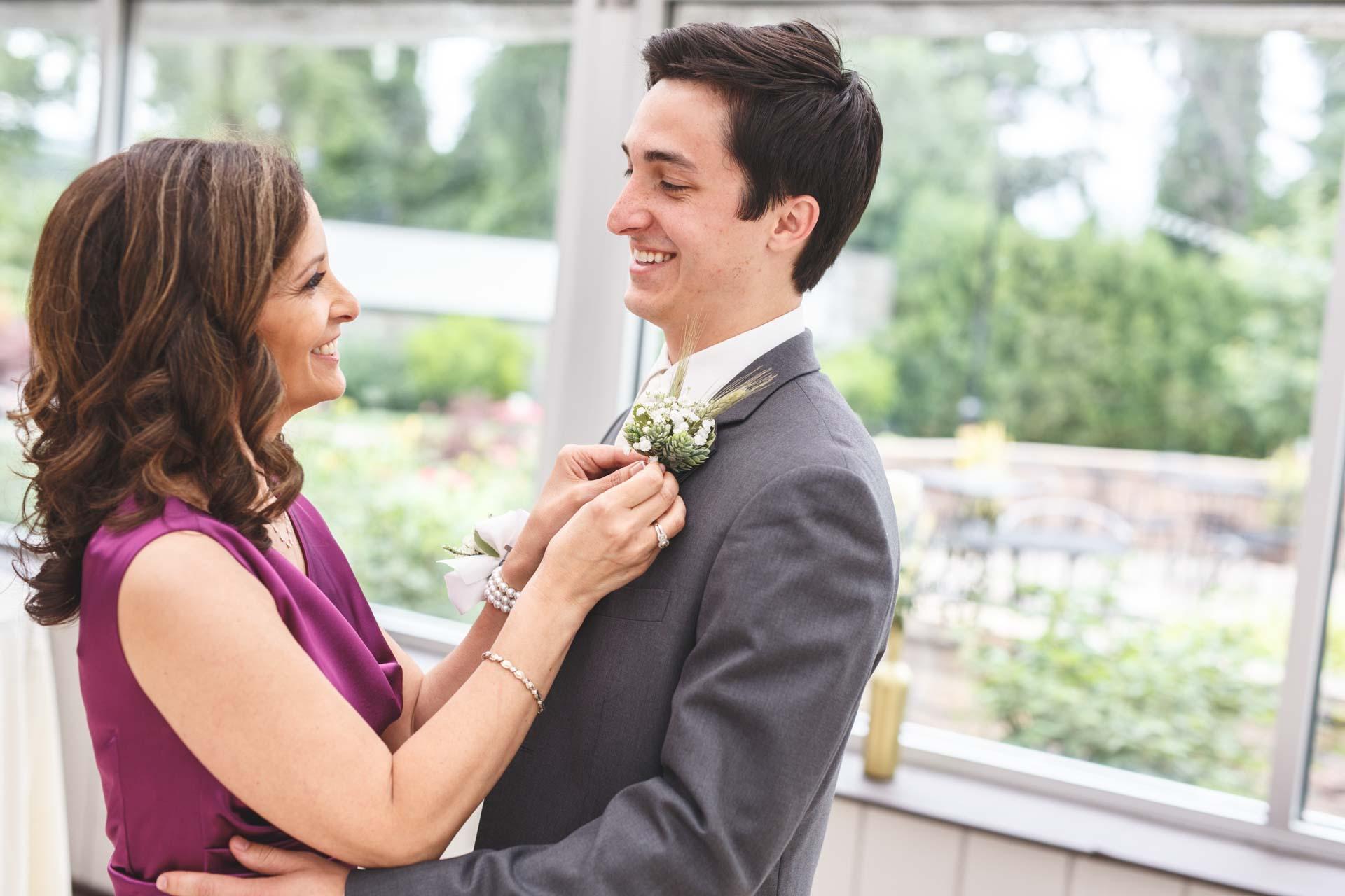 Farmington-Gardens-Wedding-Photos (24 of 66).jpg