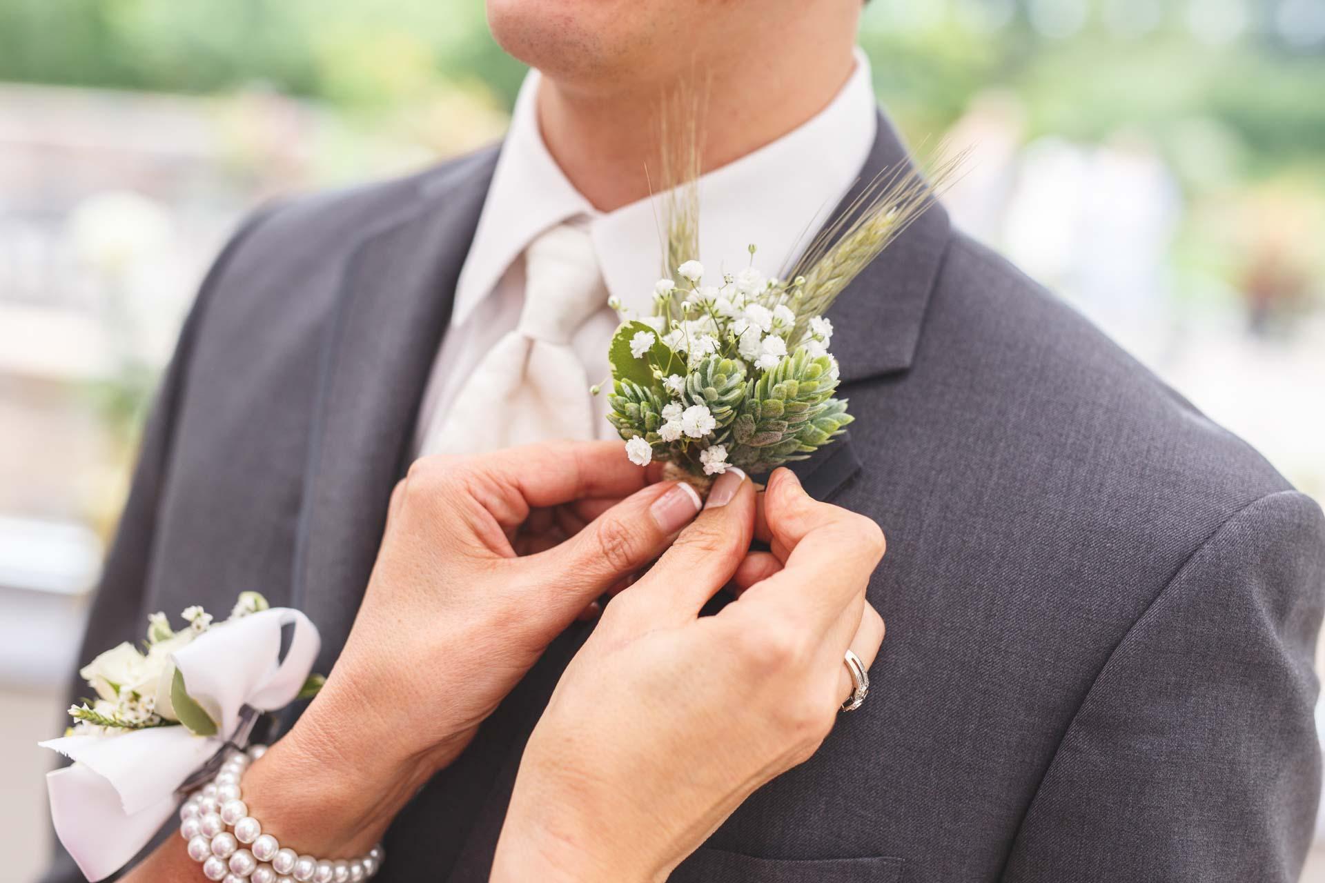 Farmington-Gardens-Wedding-Photos (25 of 66).jpg