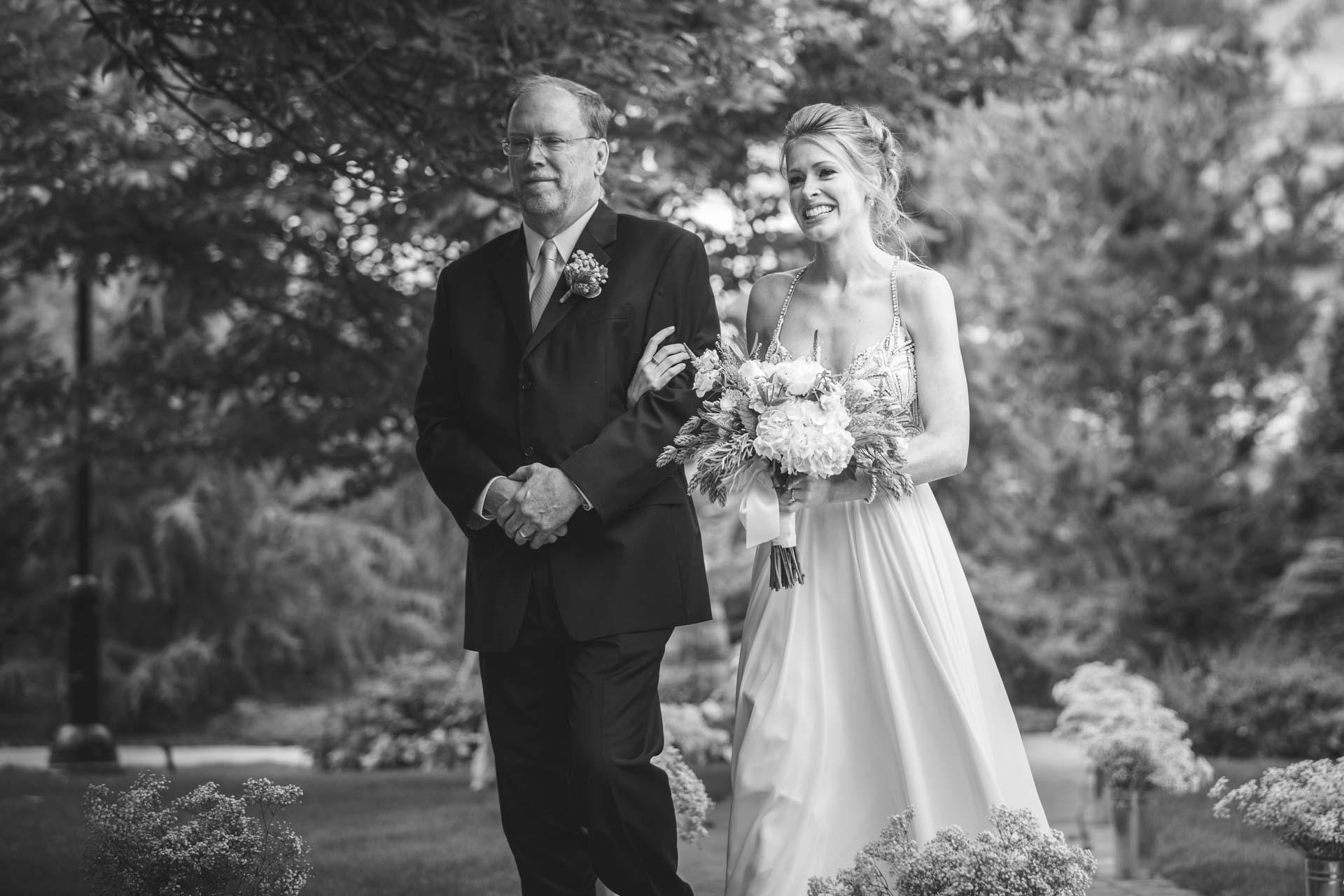 Farmington-Gardens-Wedding-Photos (29 of 66).jpg