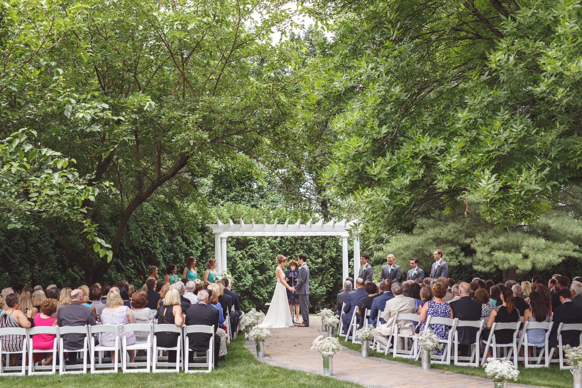 Farmington-Gardens-Wedding-Photos (32 of 66).jpg