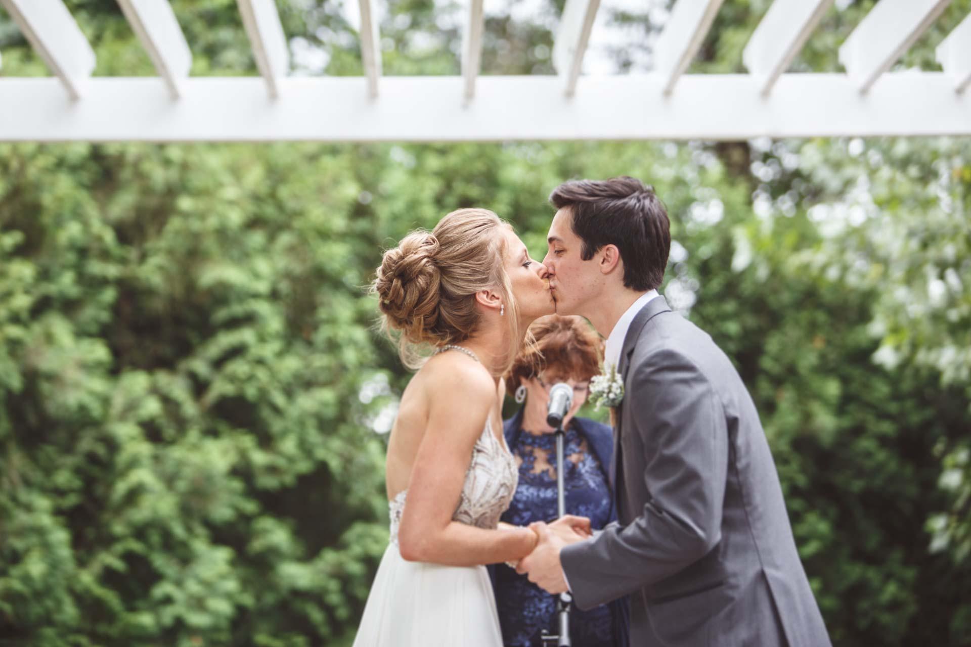 Farmington-Gardens-Wedding-Photos (34 of 66).jpg