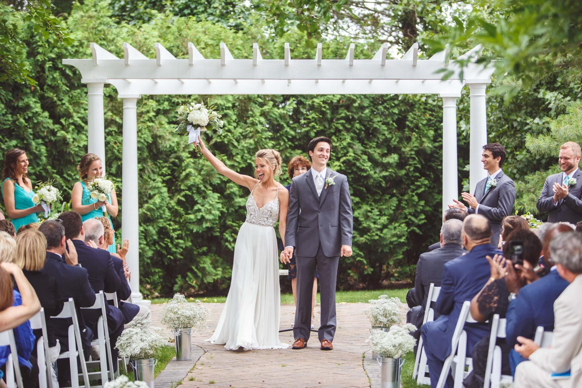 Farmington-Gardens-Wedding-Photos (35 of 66).jpg