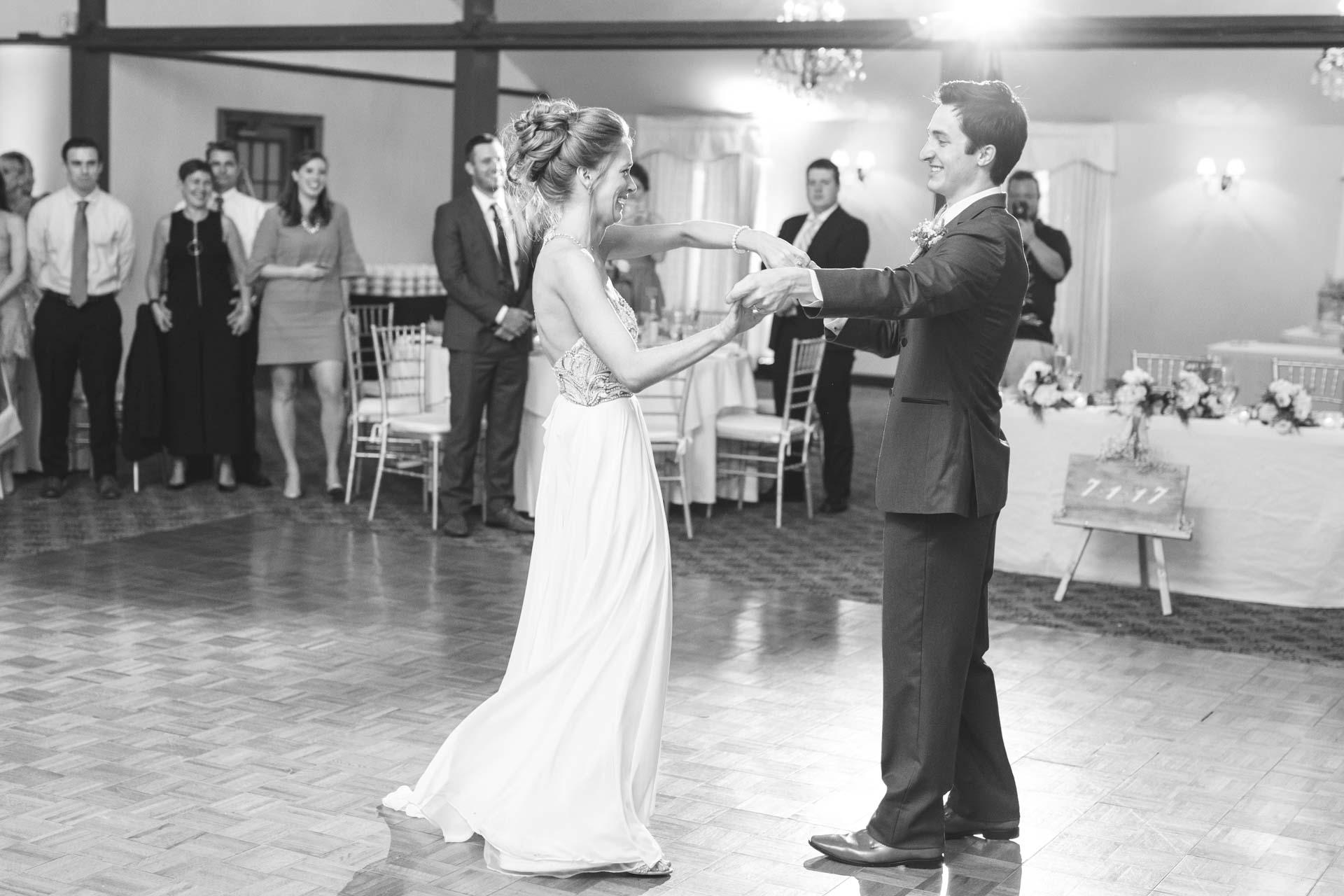 Farmington-Gardens-Wedding-Photos (52 of 66).jpg
