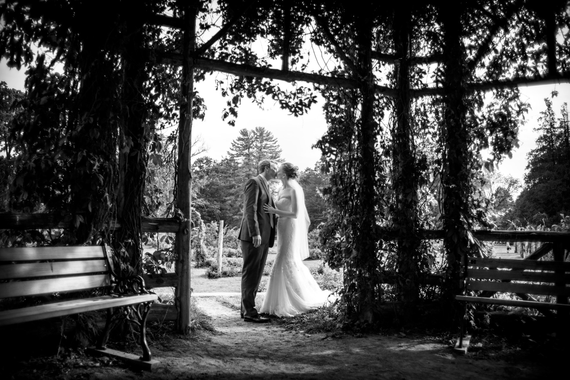 Black-and White-Wedding-Photography-CT-5.jpg