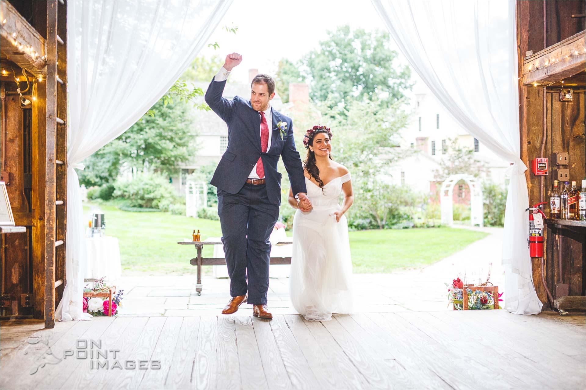 webb-barn-wedding-photography-silas-robbins-house-28.jpg