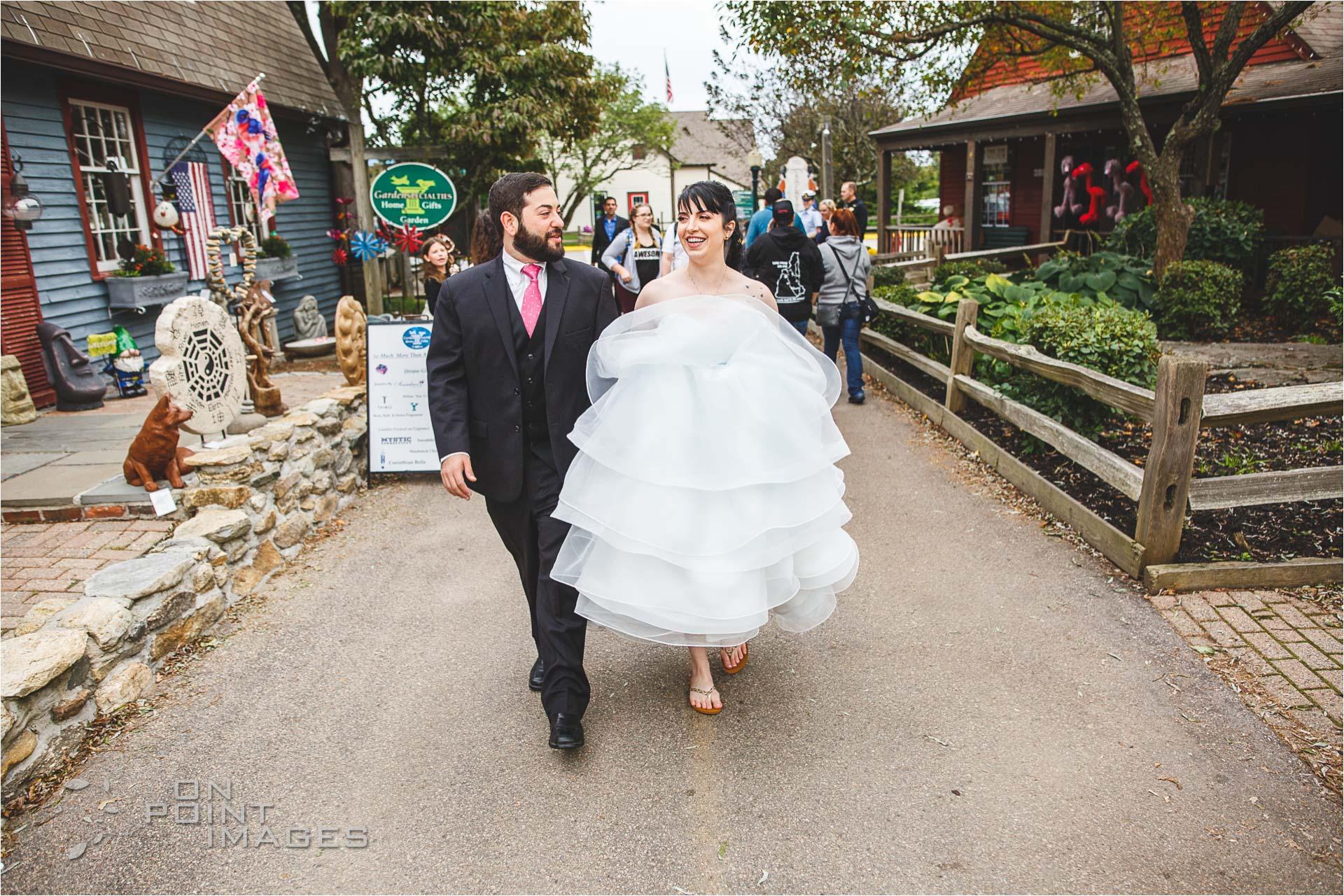 mystic-aquarium-wedding-photographs-08.jpg