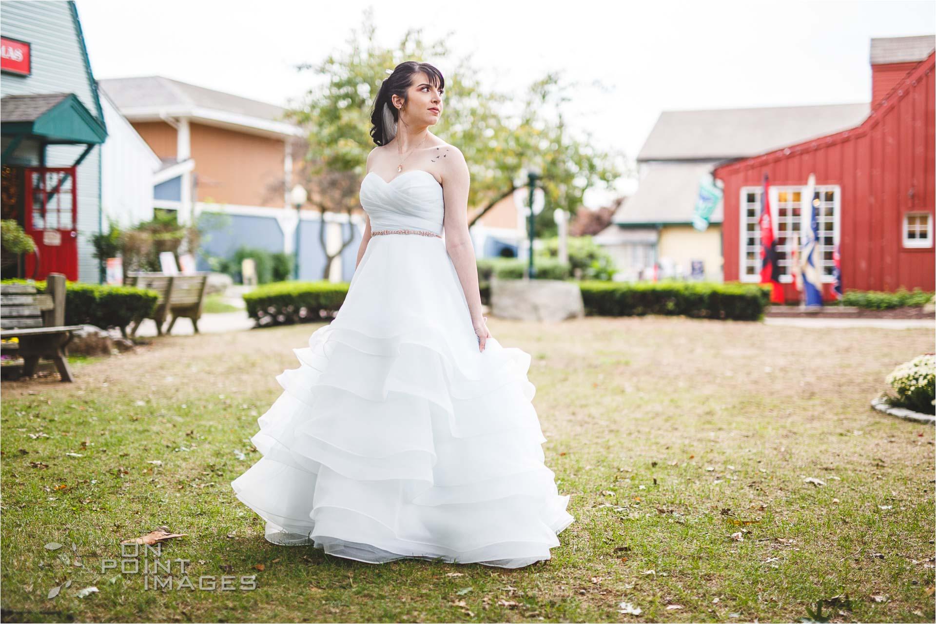 mystic-aquarium-wedding-photographs-12.jpg