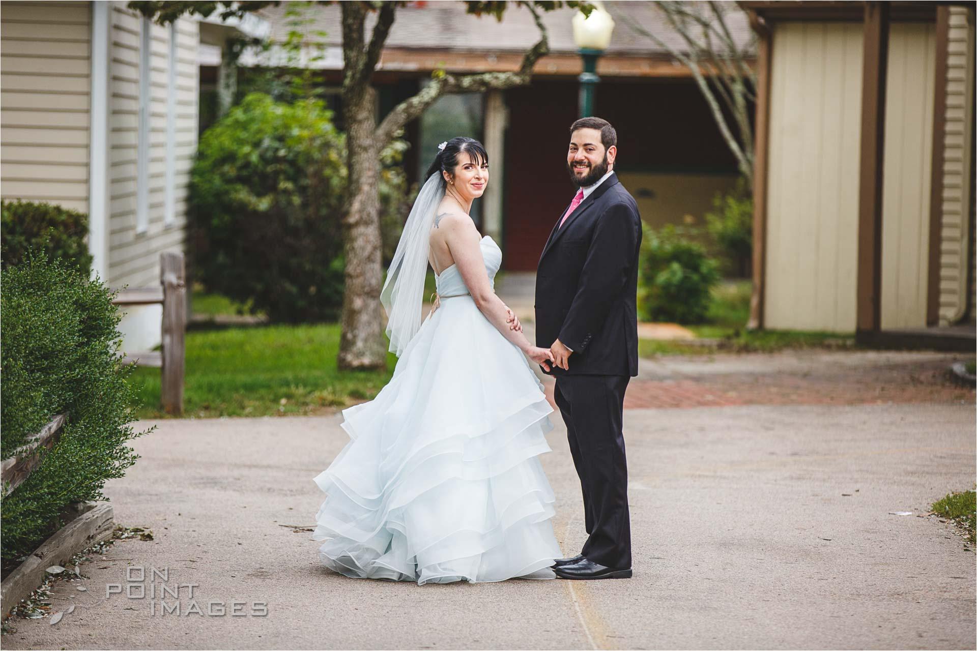 mystic-aquarium-wedding-photographs-15.jpg