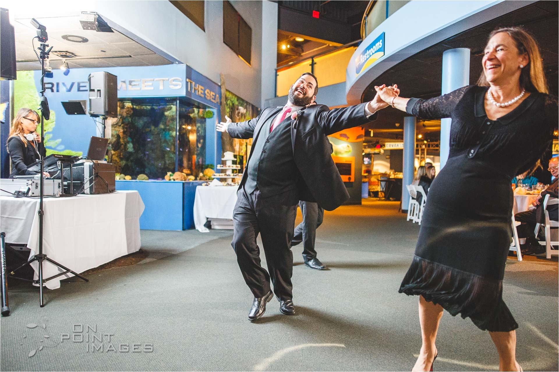 mystic-aquarium-wedding-photographs-37.jpg