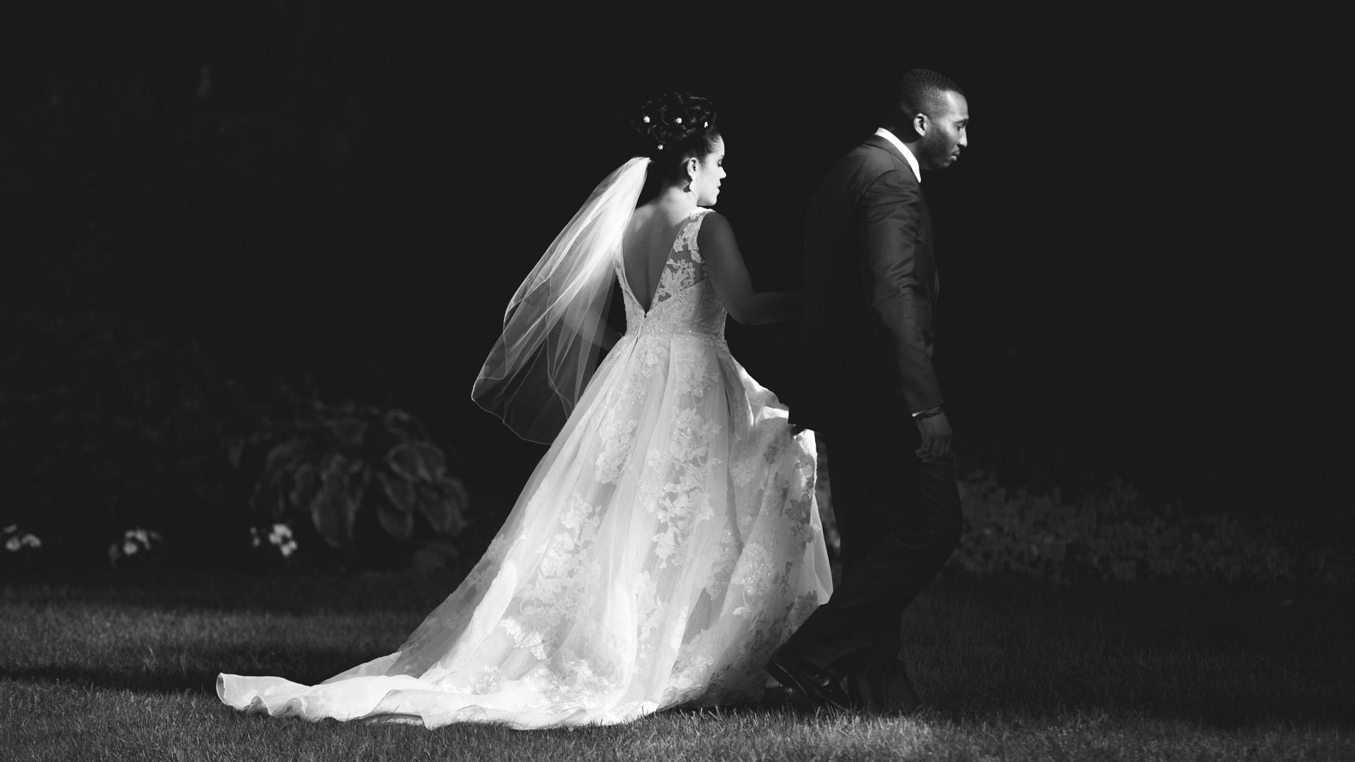 Woodwinds-Wedding-Photographs-branford-1-7.jpg