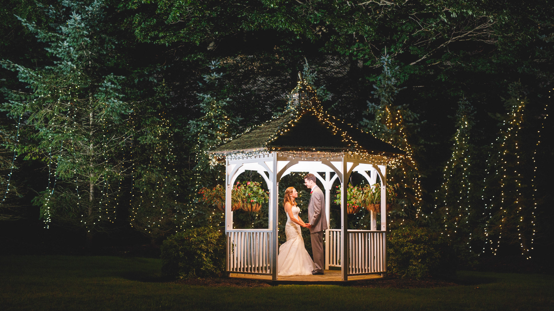 Woodwinds-Wedding-Photographs-branford-1-6.jpg