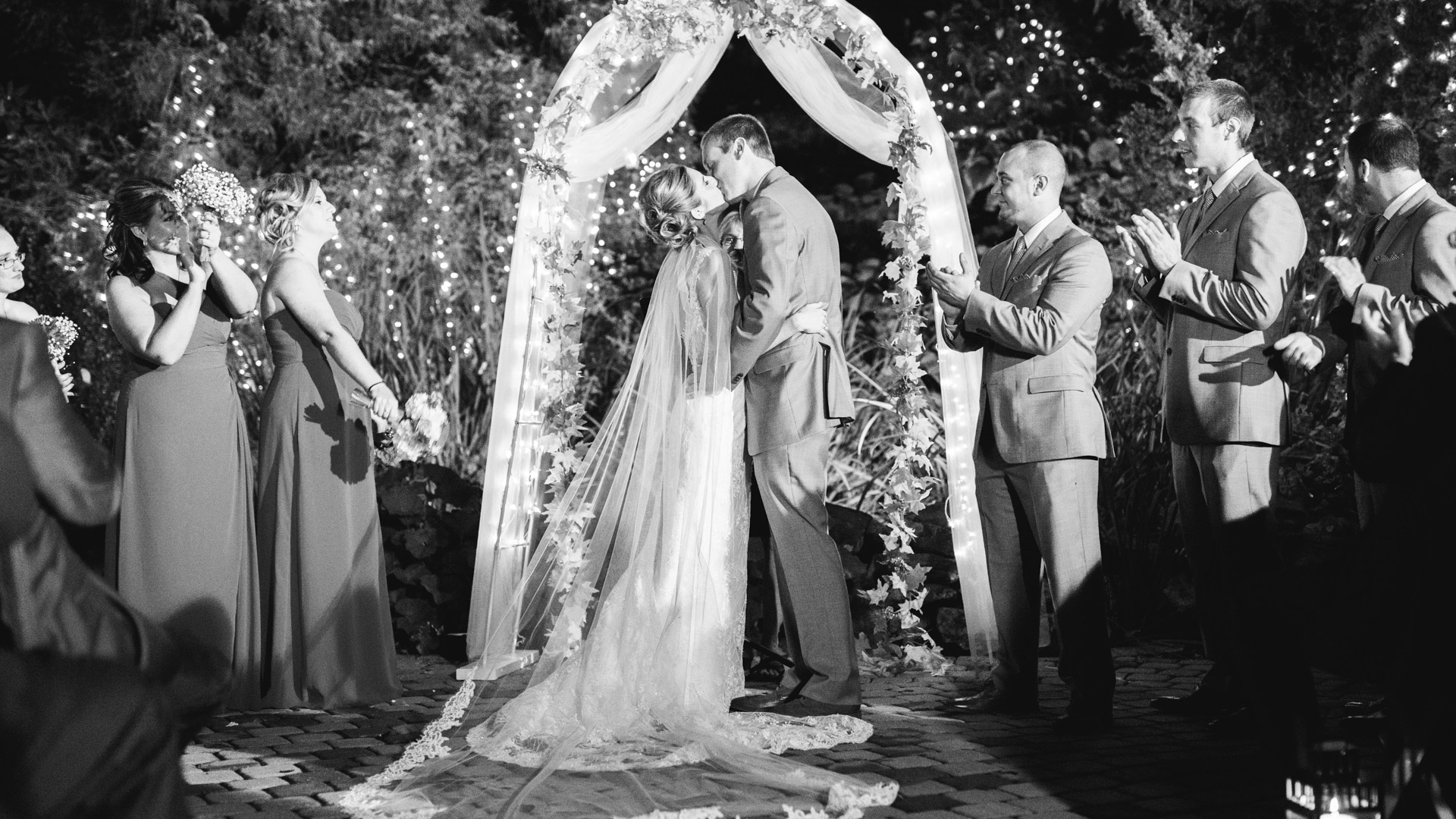 Woodwinds-Wedding-Photographs-branford-1-9.jpg