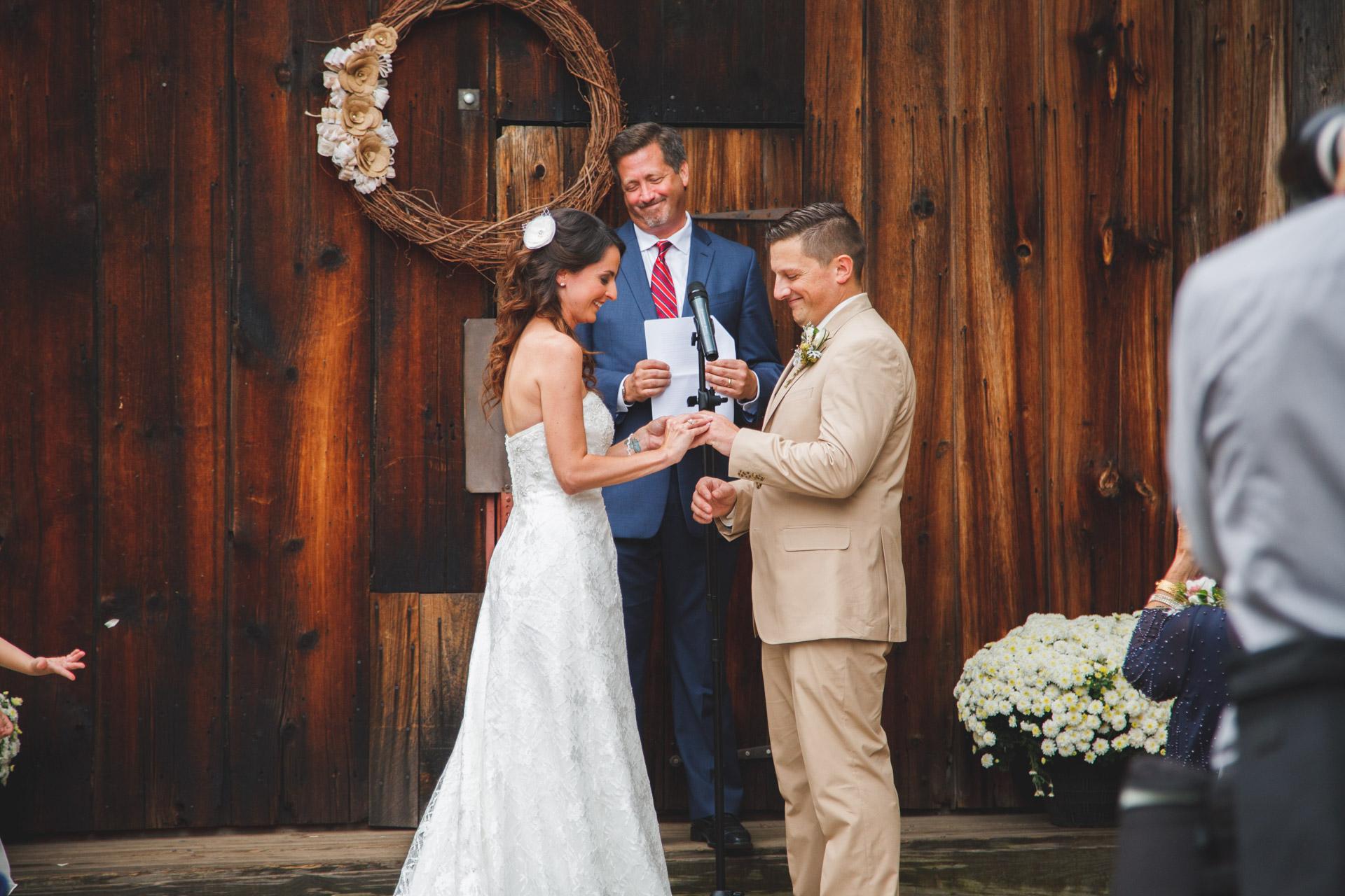 Wedding Photos at Webb Barn Wethersfield -18.jpg