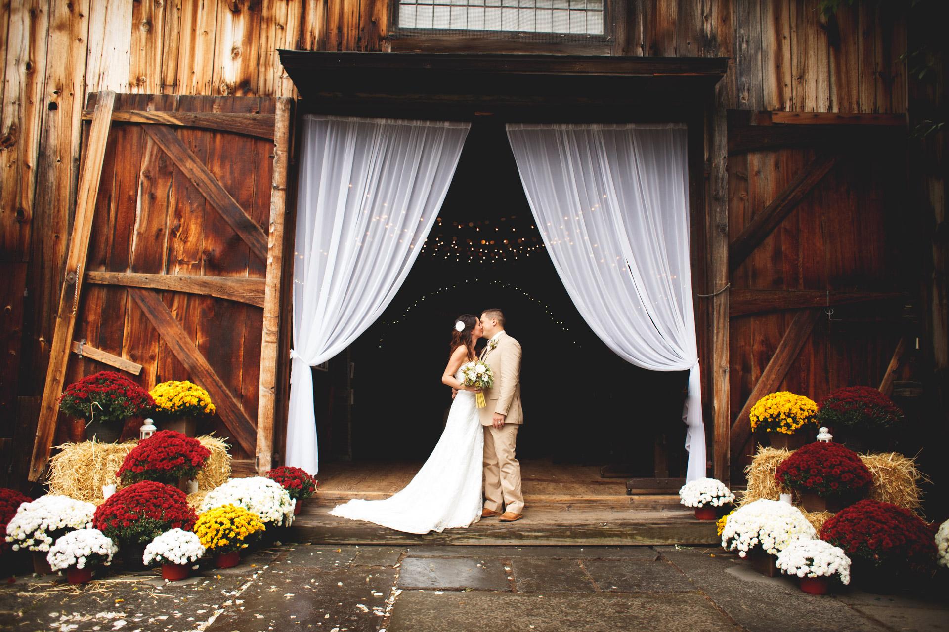 Wedding Photos at Webb Barn Wethersfield -22.jpg