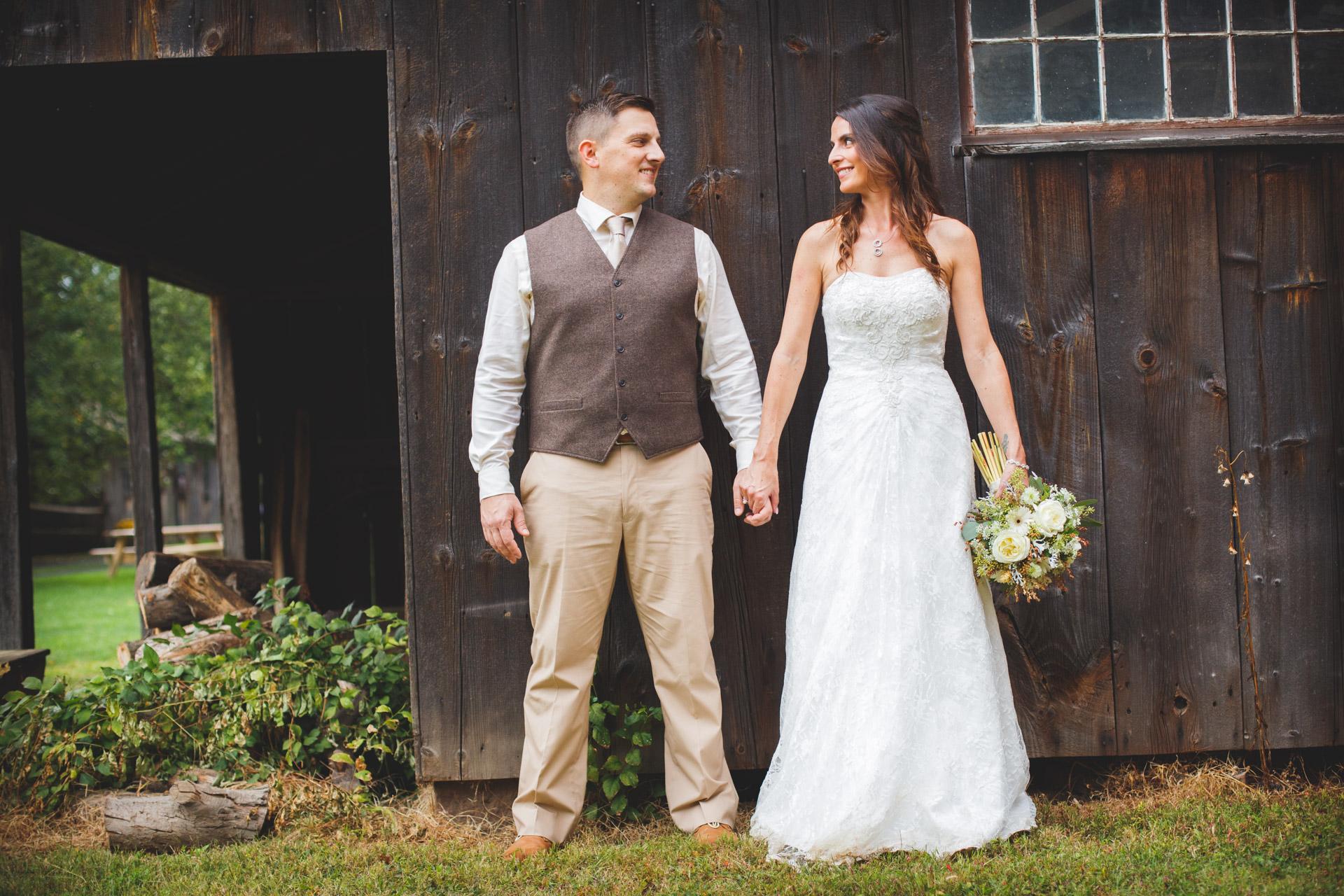 Wedding Photos at Webb Barn Wethersfield -24.jpg