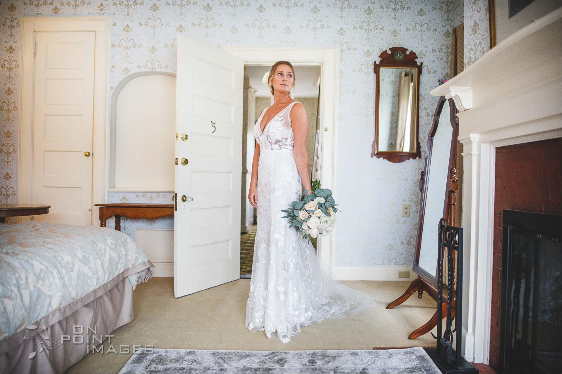 inn-at-mystic-wedding-photography-07.jpg