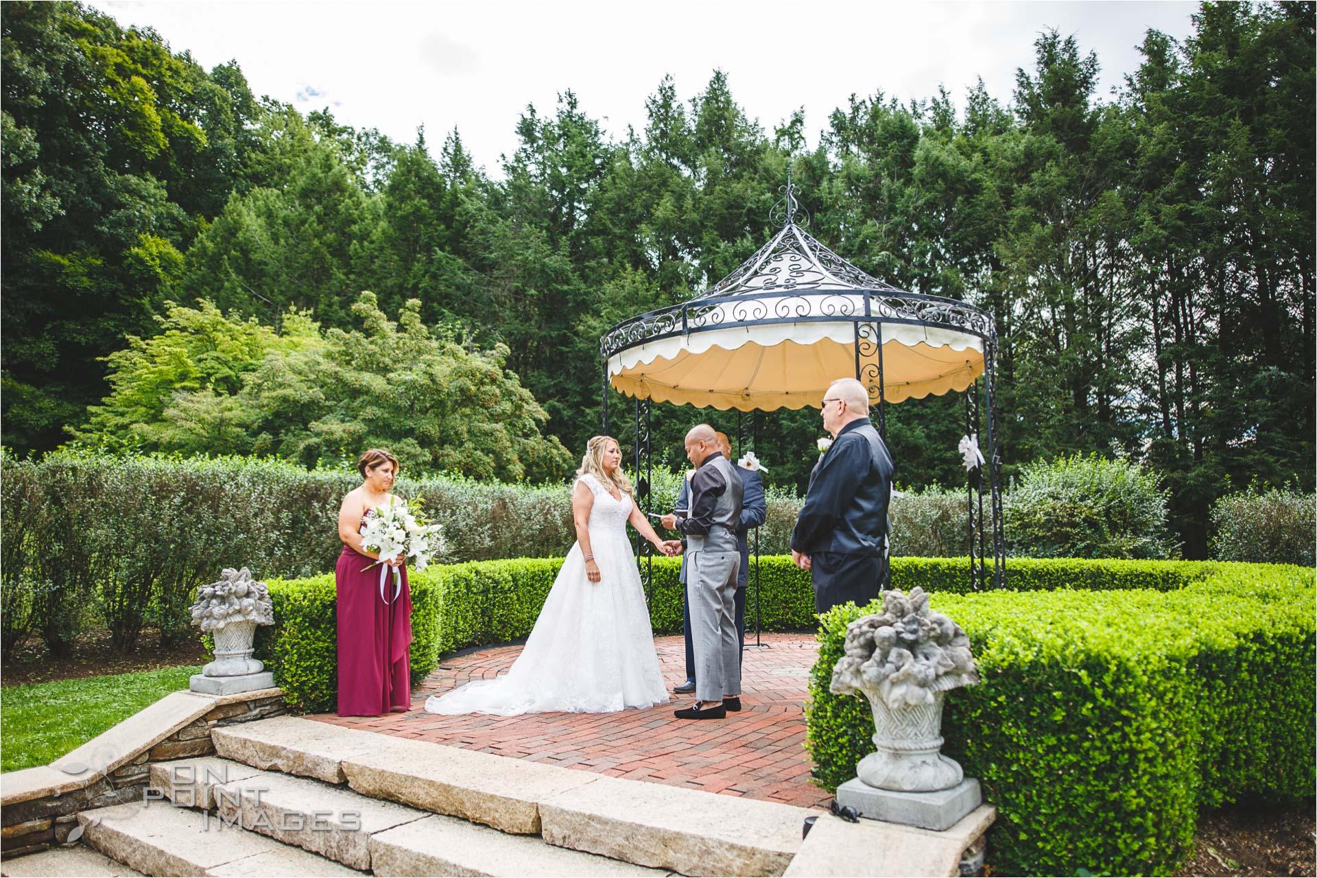 Wickham-Park-English-Garden-Wedding-Images-07.jpg