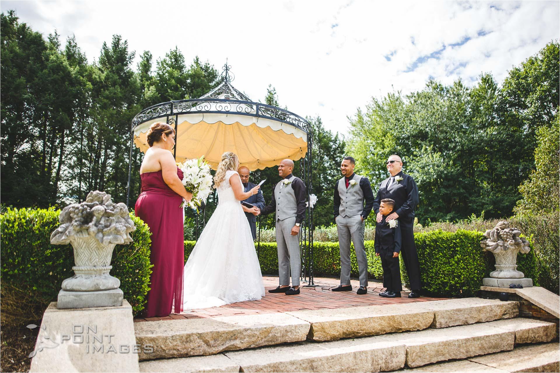 Wickham-Park-English-Garden-Wedding-Images-09.jpg