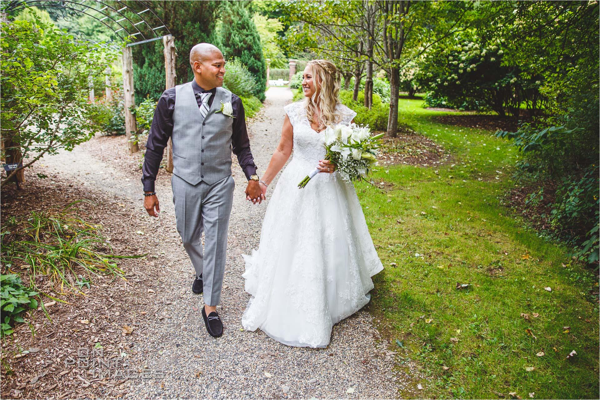 Wickham-Park-English-Garden-Wedding-Images-18.jpg
