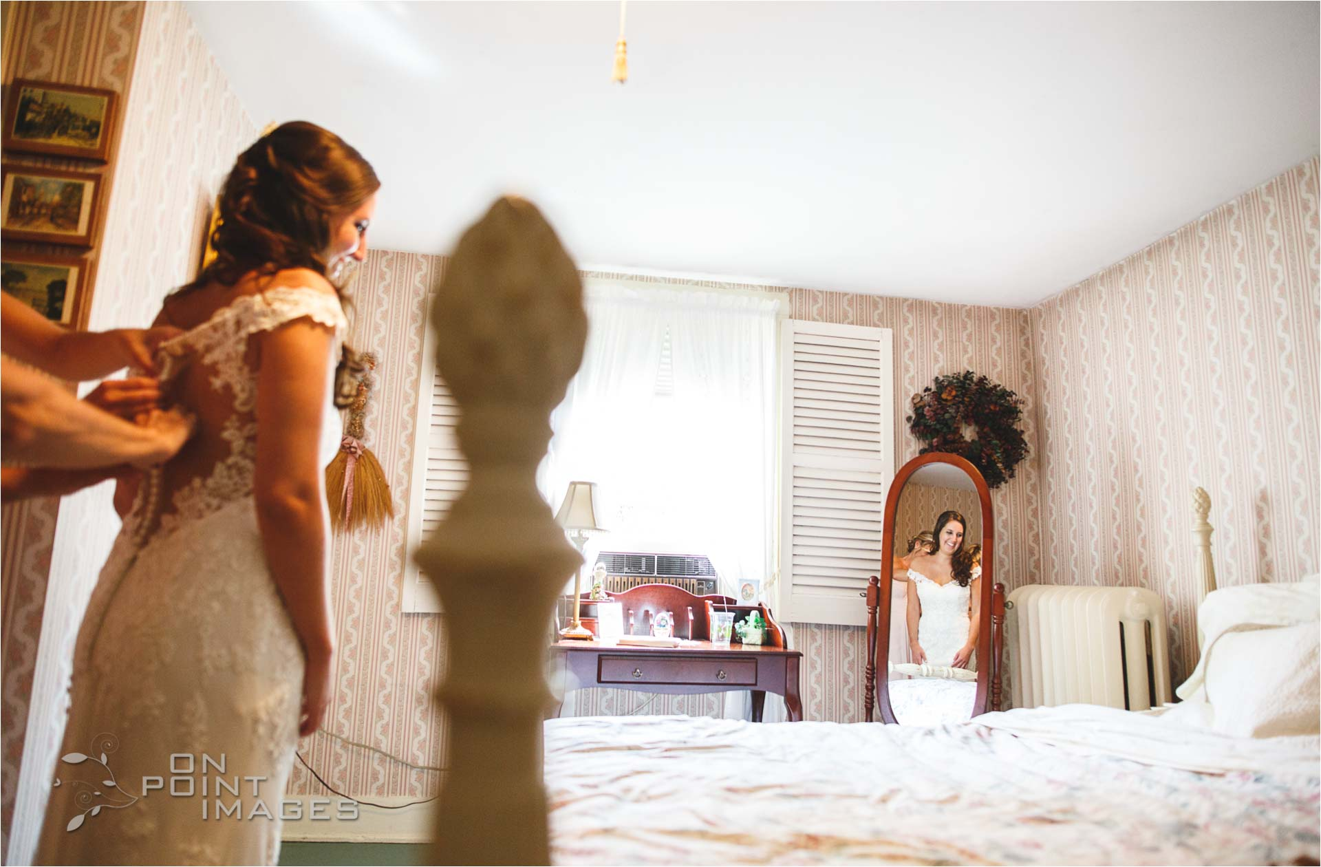 Webb-Barn-Wedding-Photographer-09.jpg