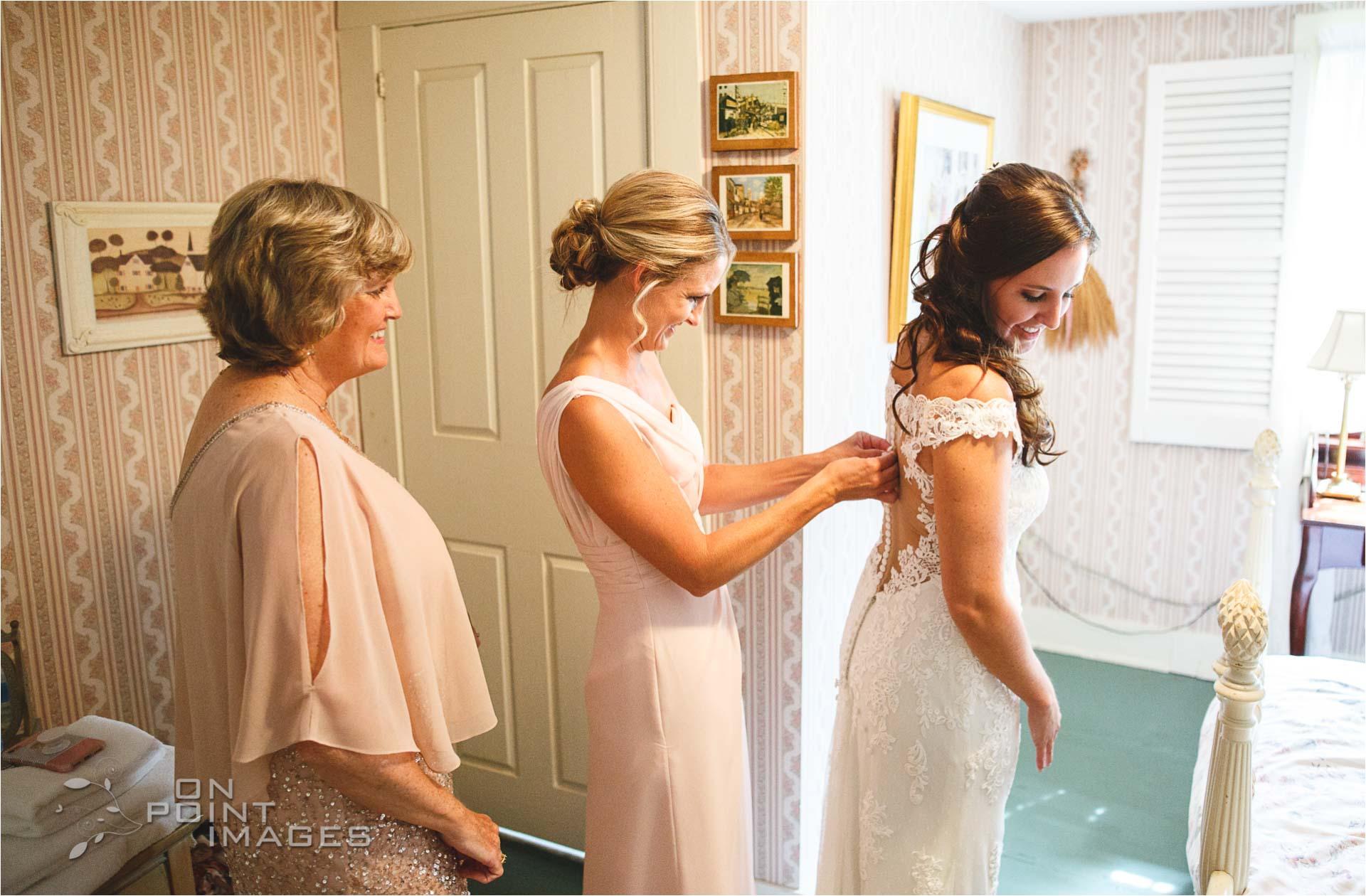 Webb-Barn-Wedding-Photographer-11.jpg