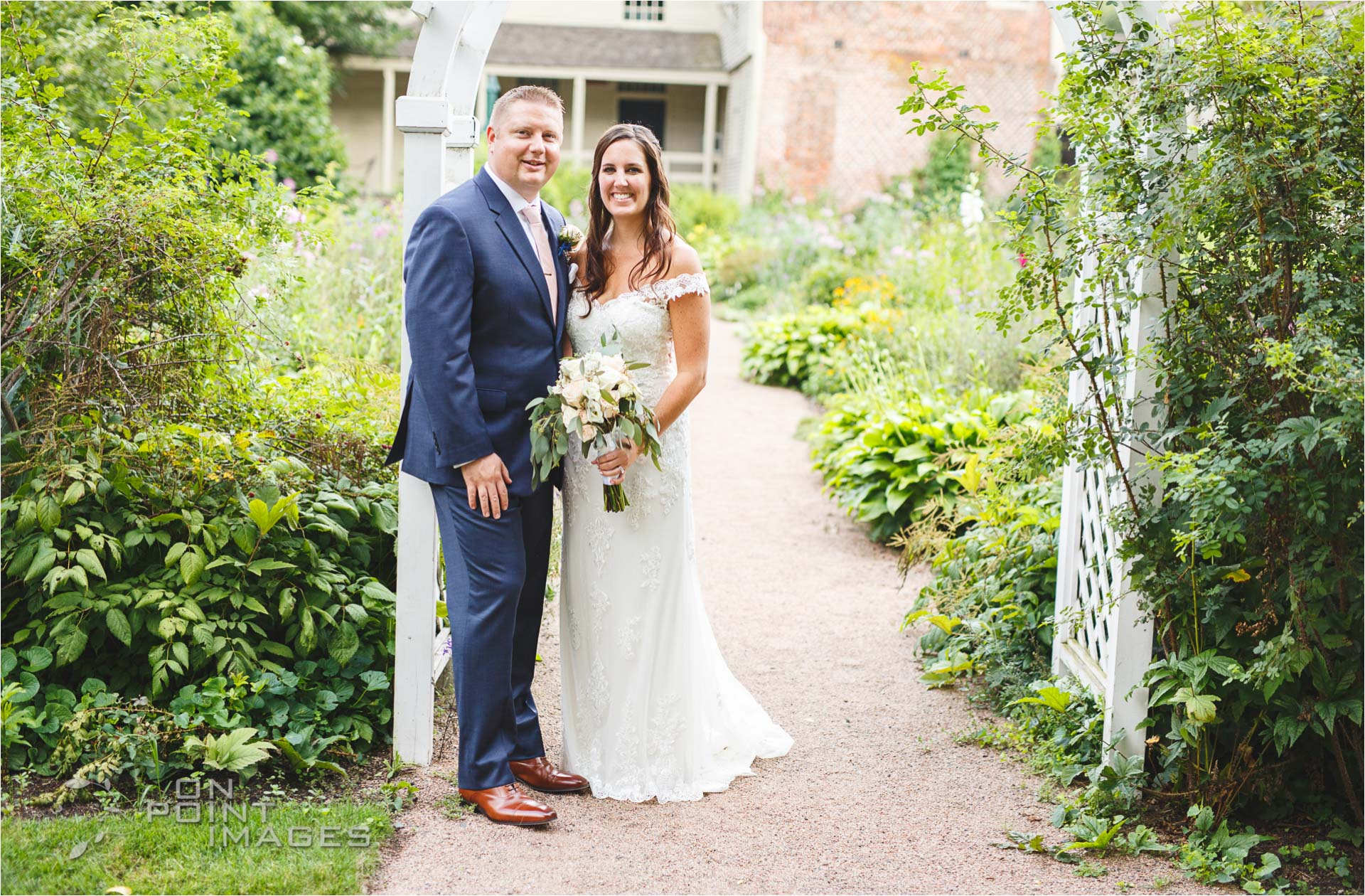 Webb-Barn-Wedding-Photographer-24.jpg
