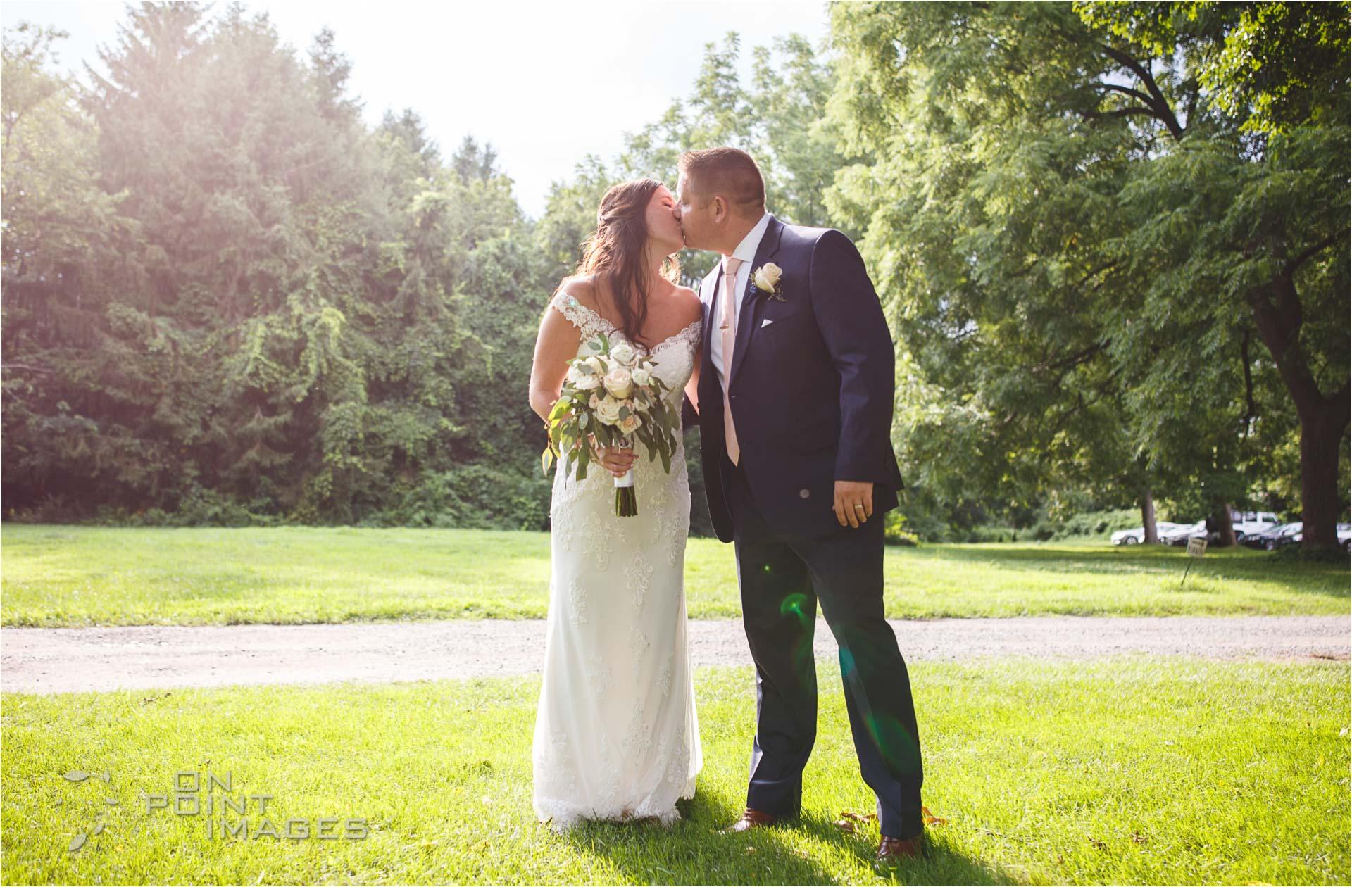 Webb-Barn-Wedding-Photographer-27.jpg